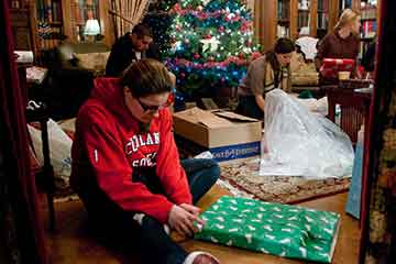Campus Cheers Area Children with Gifts