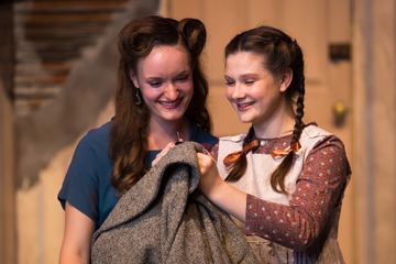 """Kindertransport"" Challenges Student Actors"