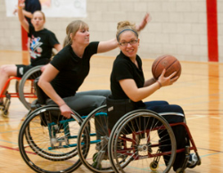Wheelchair League Offers Hoops at a Fast Pace