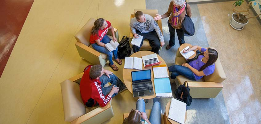 Honors Program students studying together in Moffett Center