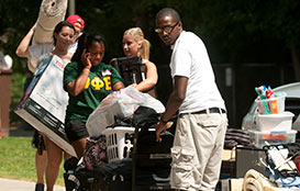 Students moving in